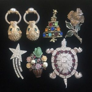 Vintage Lof of 6 Brooch & Earring Assorted